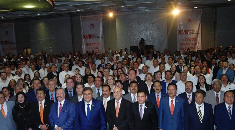 Celebra SNTE Asamblea del XVIII Pleno Seccional Extraordinario en NL